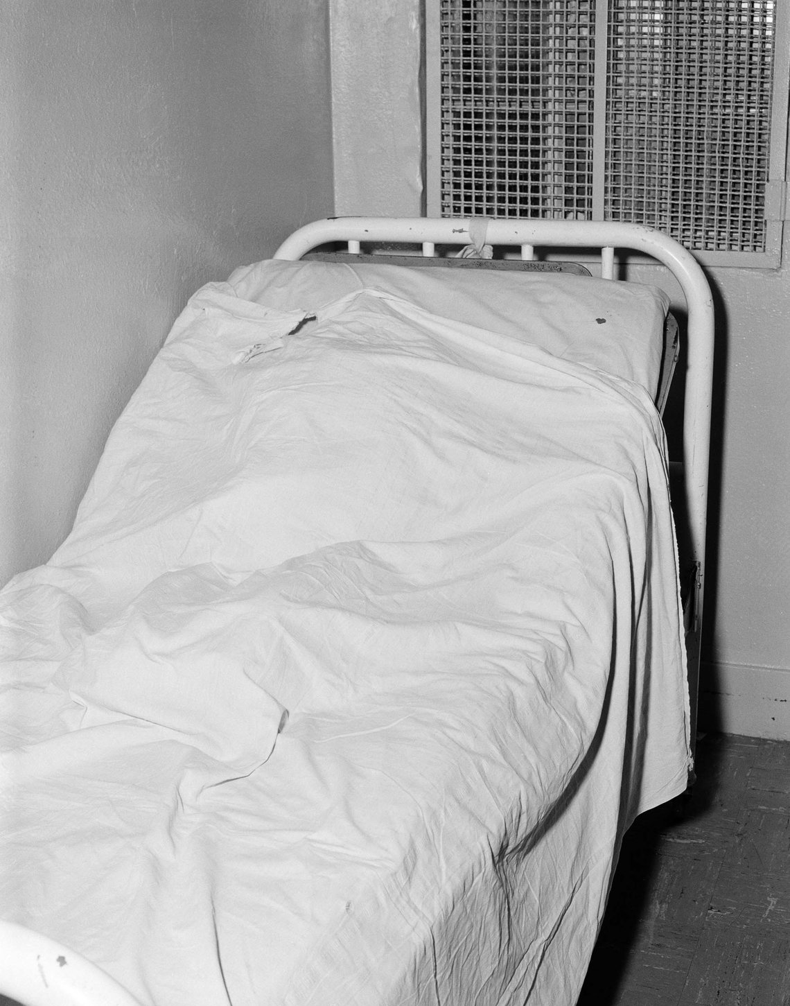 Venerable Suicide Hospital Room 89, 1965
