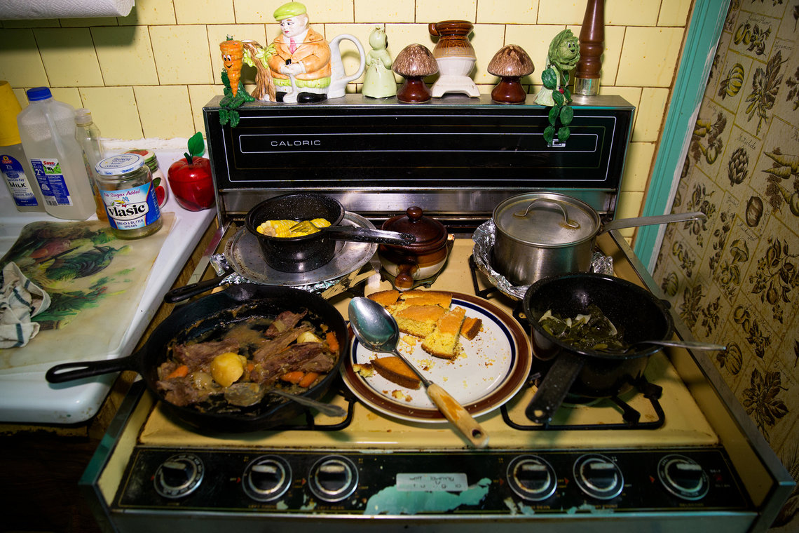 Elston's mother had spent the day preparing a meal of roast beef, corn bread and vegetables to welcome him home, and the aroma permeated the house.