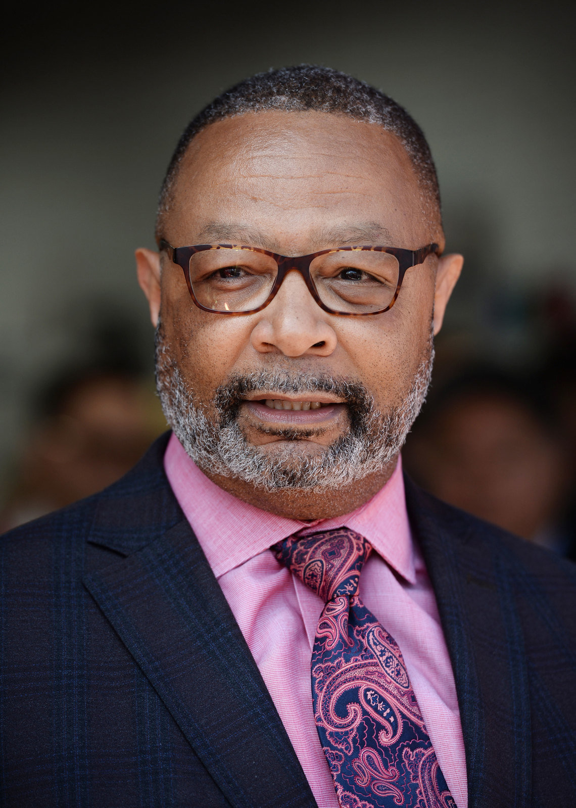 California Assemblyman Reggie Jones-Sawyer has sponsored a bill aimed at blocking plea deals which waive the defendant's right to benefit from future legal changes.