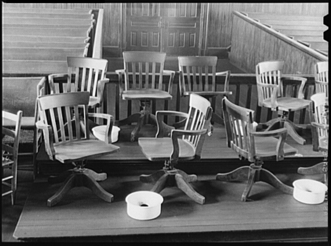 The jury area of a courtroom in Franklin, Georgia in 1941. LIBRARY OF CONGRESS
