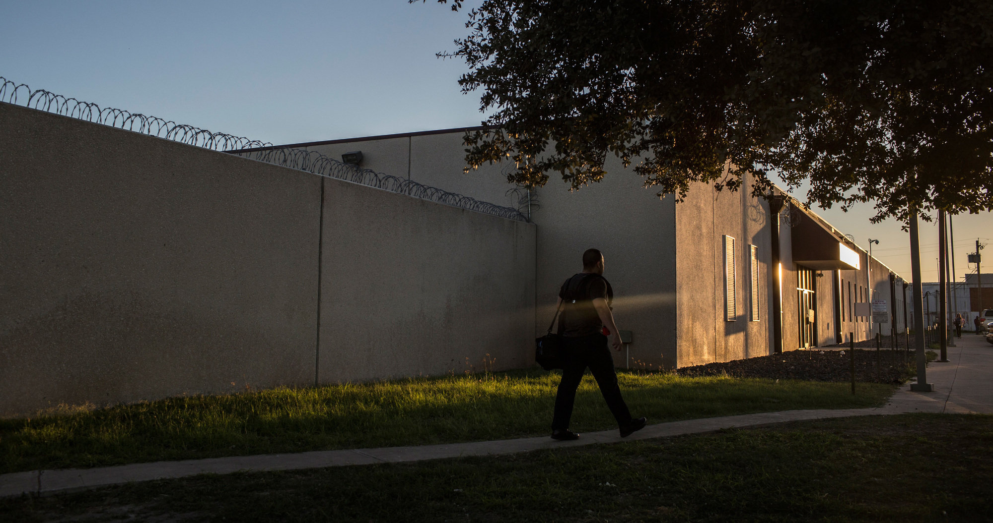 In an immigration detention center on the outskirts of Laredo, judges on temporary assignments were hearing cases in a courtroom hastily arranged inside its walls from March through December of 2017. Photographs are not allowed inside the building. The detention center is overseen by Immigration and Customs Enforcement and run by a private company, CoreCivic.