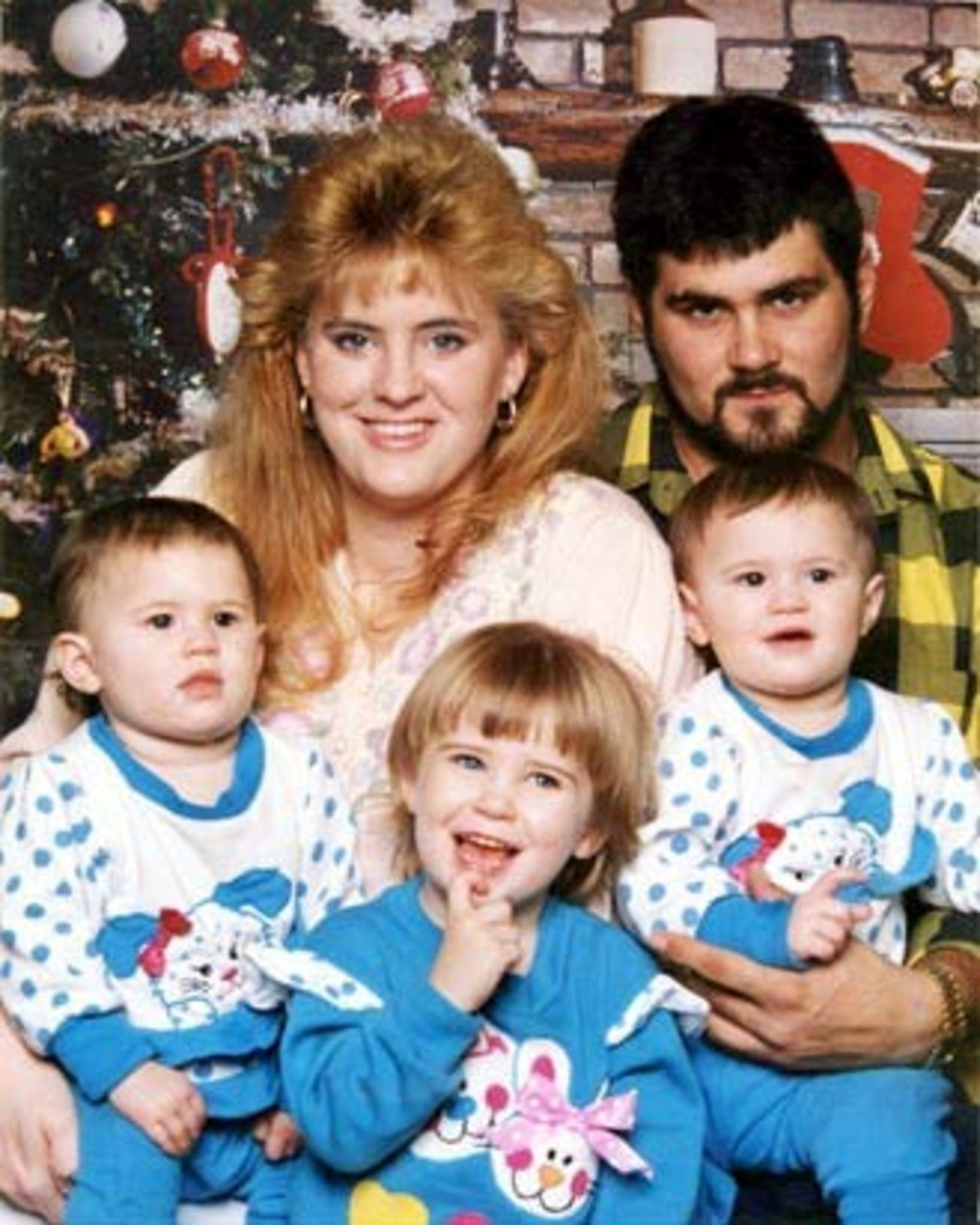 Cameron Todd Willingham with his family.