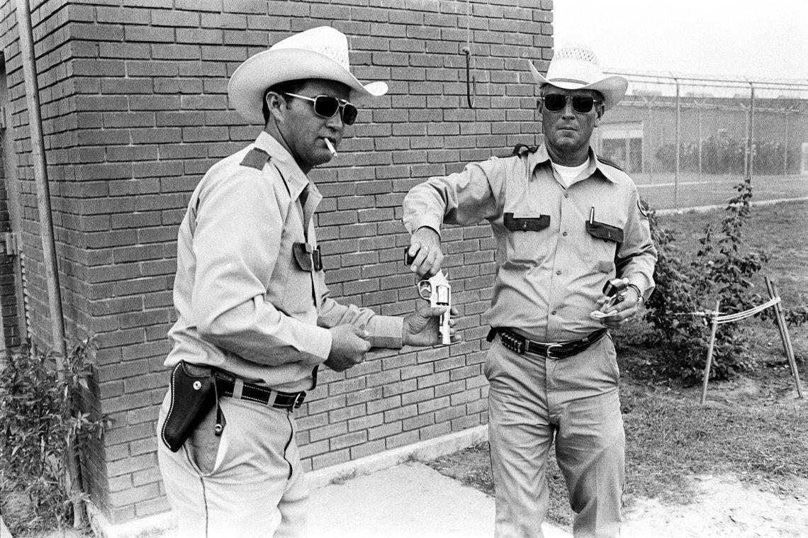 Field guards at the Ellis Unit, 1978.