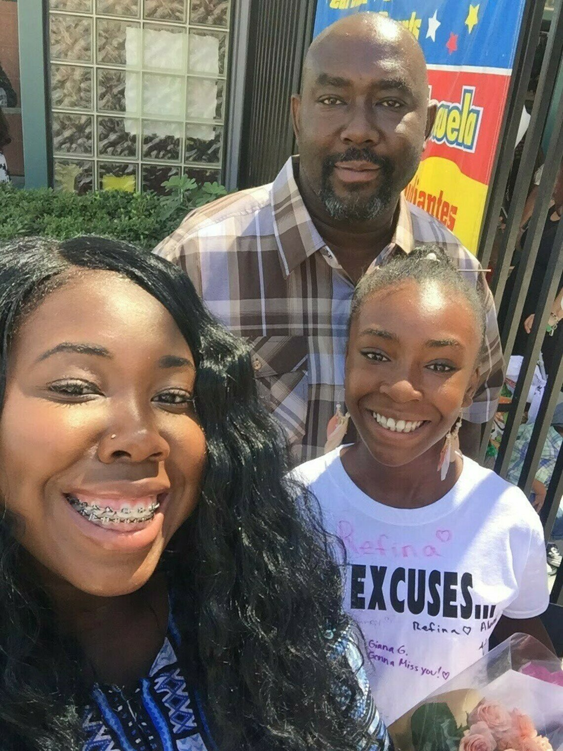 Telish Gardner, center, with two of his daughters, Tiffany and Scherrie Gardner, in 2016.