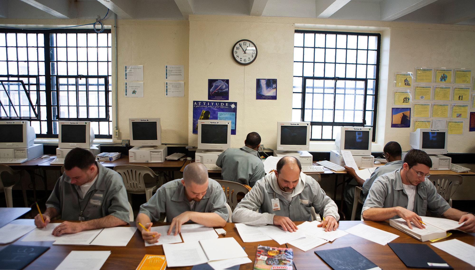 Vera Institute Finds Drop in U S  Prison Population | The