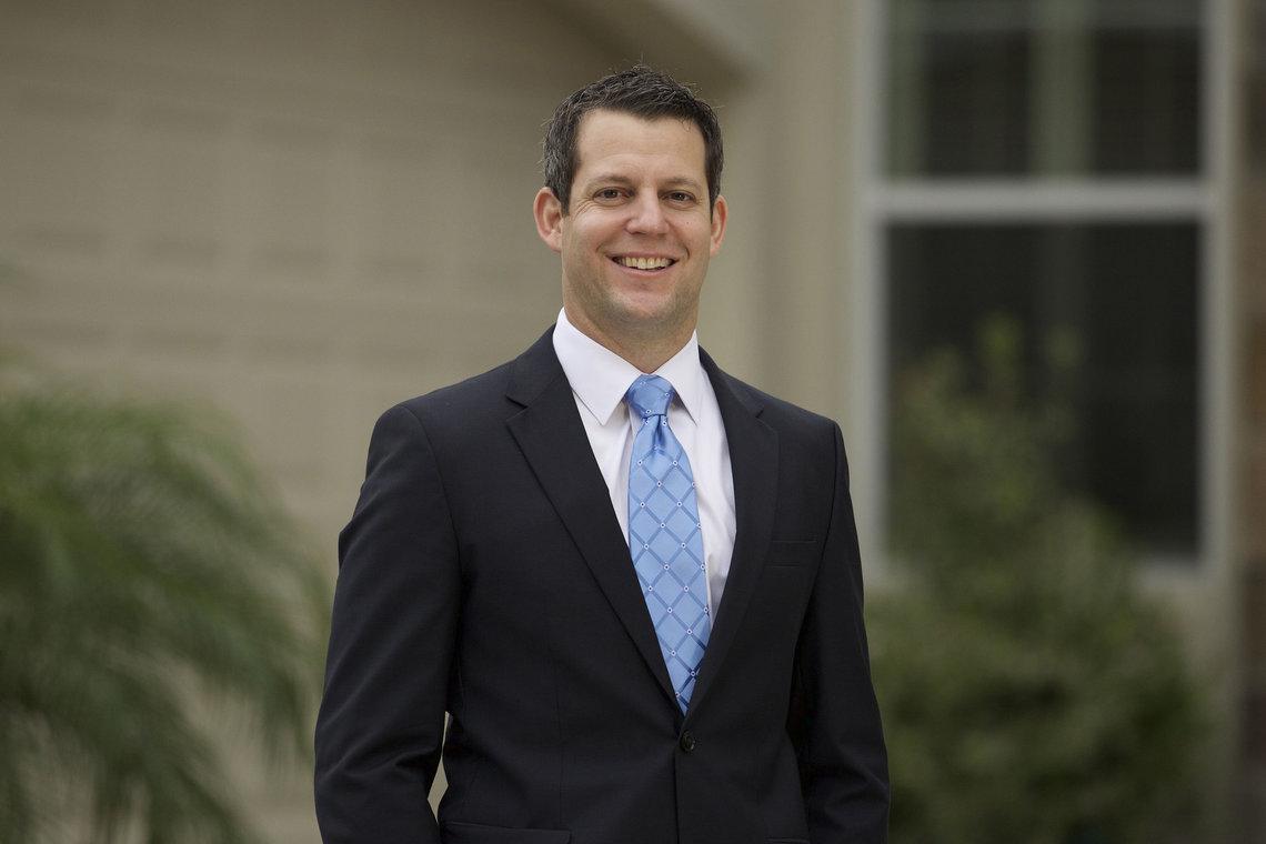 Andrew Warren, Ober's challenger.