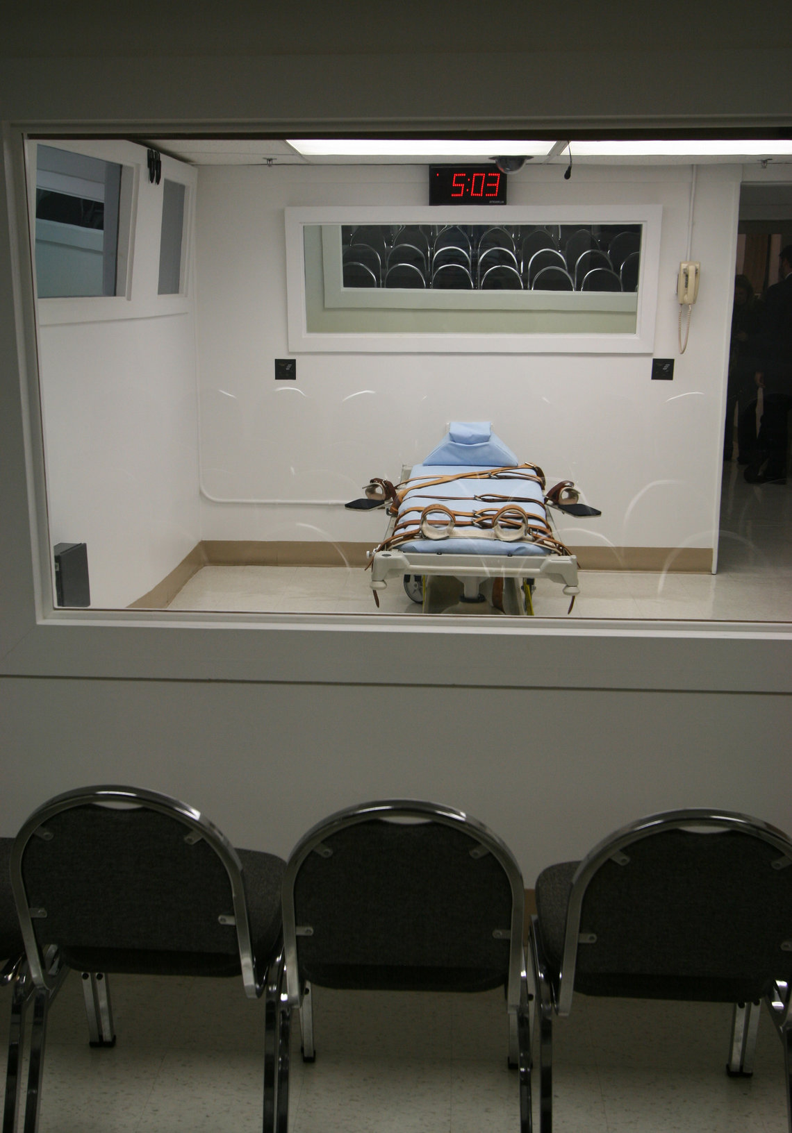The execution chamber seen through the window of the witness room at Florida State Prison.